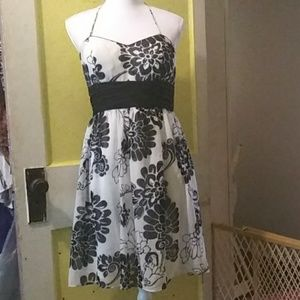 Strappless party dress